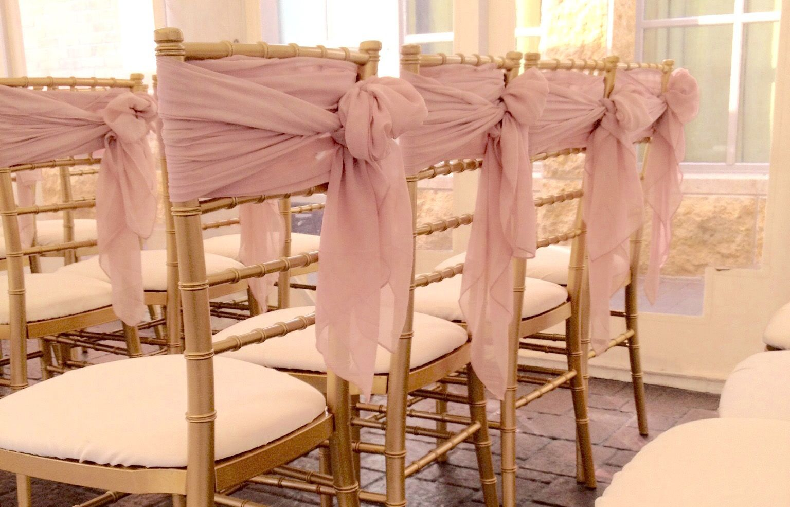 LuxeEventLinen_ChiavariChairRental_Wedding