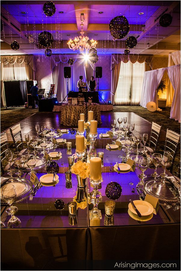 luxeeventlinen_mirroredtable_weddingrental_5